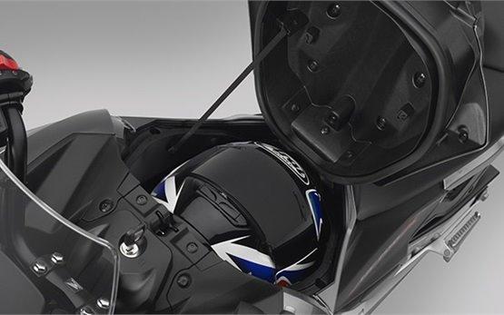 Хонда NC700X - мотоциклов напрокат - Крит