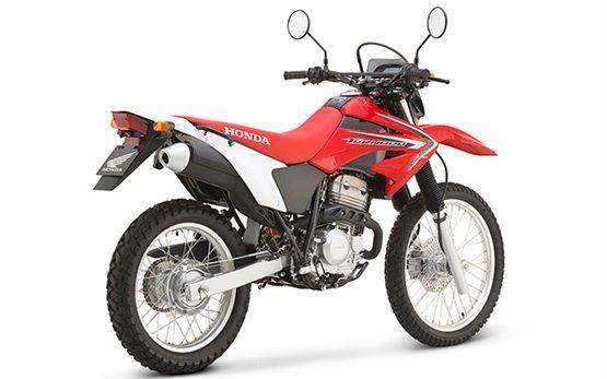 2014 Honda XR250 Tornado - аренда мотоцикла в Касабланка Марракеш