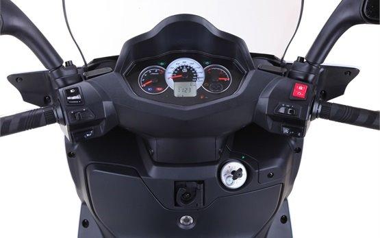 2015 СИМ Ситиком 300i - наем на скутер в Гърция