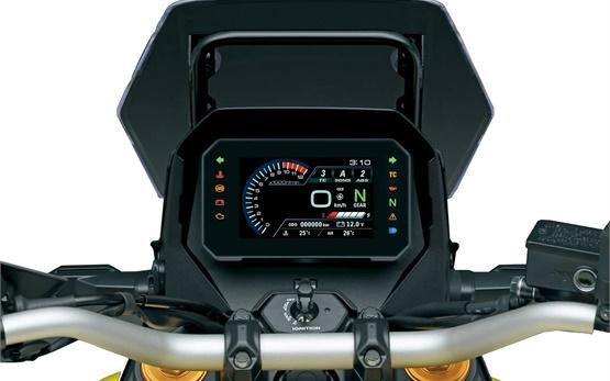 Сузуки В-Стром наем на мотоциклет в Барселона