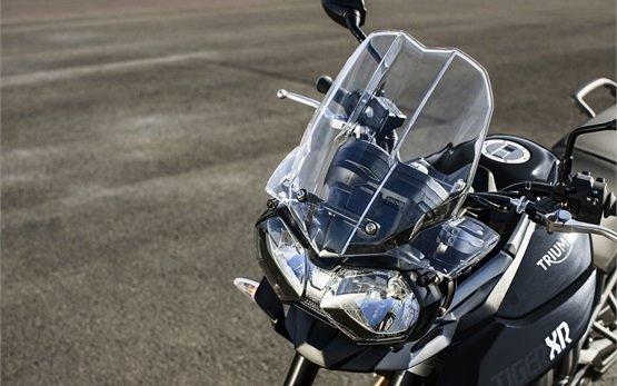 2017 Triumph Tiger 800 XR - motorbike rental Spain