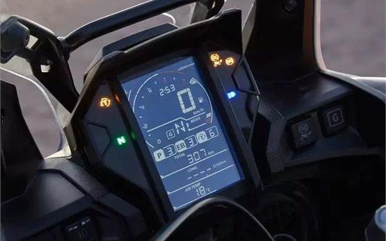 Honda CRF1000  AfricaTwin напрокат Женева