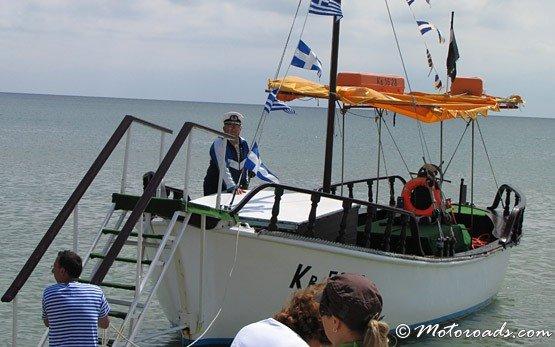 Албена - лодка