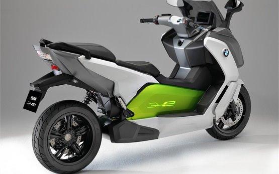 BMW C-evolution Electric скутер под наем - Франция