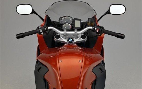 BMW F800 GT - прокат мотоциклов Кан