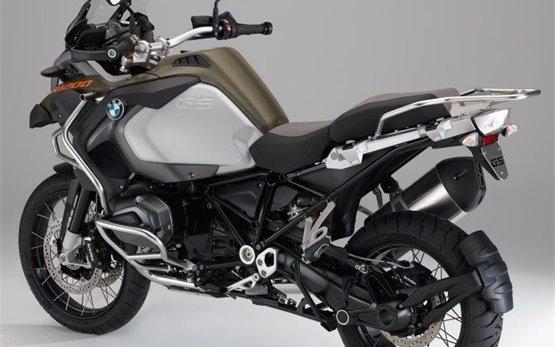 BMW R 1200 GS Adventure - мотопрокат Рим