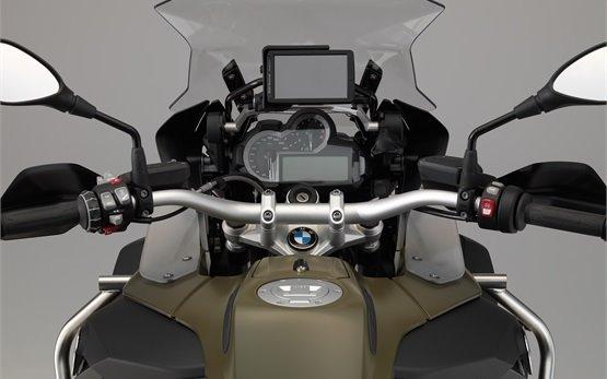 BMW R 1200 GS Adventure - мотопрокат Женева
