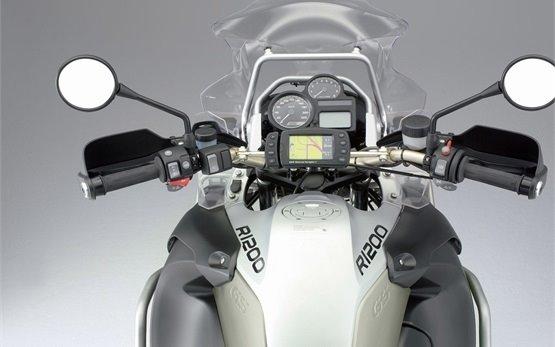 2017 БМВ R 1200 GS - аренда мотоцикла в Париже