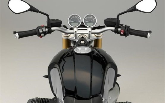BMW R NINE T - аренда мотоцикла в Кан