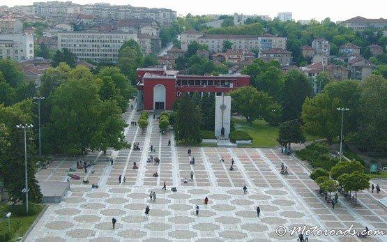 Централен площад Плевен
