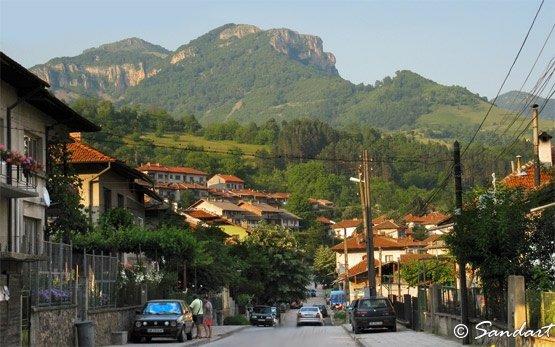 Cherven Peak, Teteven