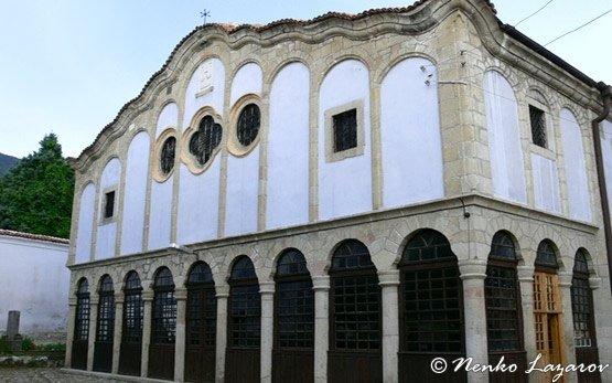Църквата в Сопот