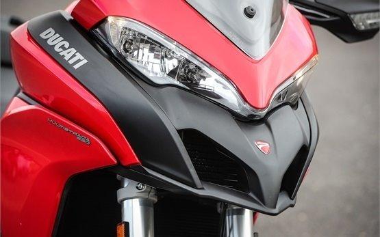Дукати Мултистрада- наем на мотоциклет Ница