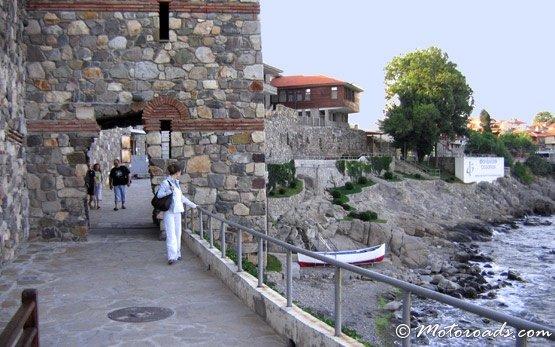 Крепостната стена в Стария град на Созопол