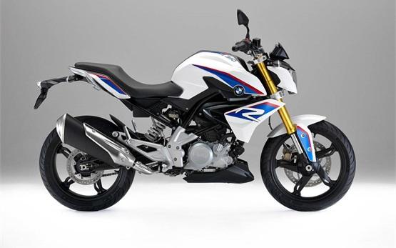 BMW G 310 R - alquiler de motos Milán Italia
