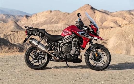 Triumph Tiger 1200 XCX - alquiler de motocicletas en Malaga