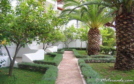 Garden in Ouranoupolis