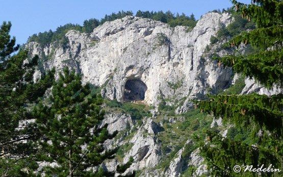 Haramiiska Cave - Trigrad