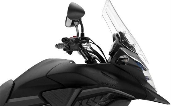 Honda CB500X - наем на мотор в Малага, Испания