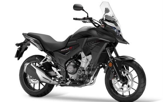 Honda CB500X - motorcycle rental in Barcelona, Spain