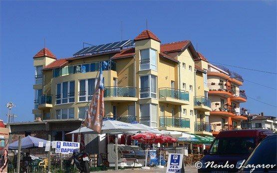 Хотел в Приморско
