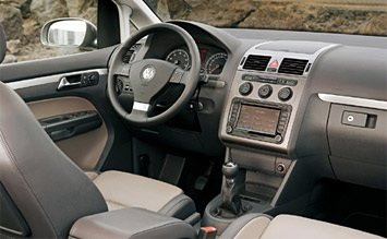 Interior » 2010 VW Touran 5+2 Automatic