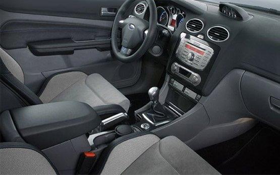 Interior - 2011 Ford Focus Hatch 1.6 i