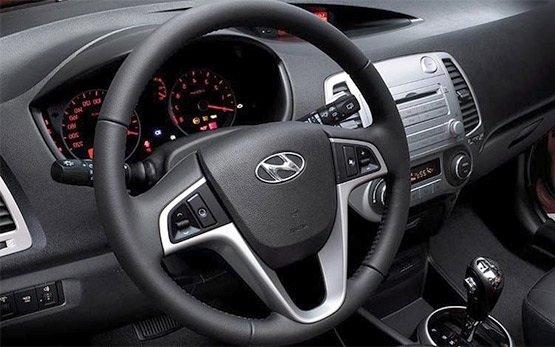 Interior » 2014 Hyundai i10