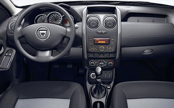 Interior » 2017 Dacia Duster 1.5 l 4x4