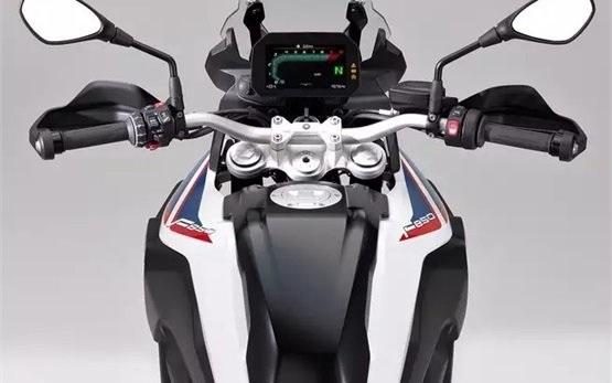 BMW F850 GS - Motorrad mieten Athen