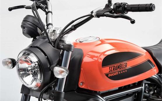 DUCATI SCRAMBLER SIXTY2 400CC - Motorrad mieten Porto