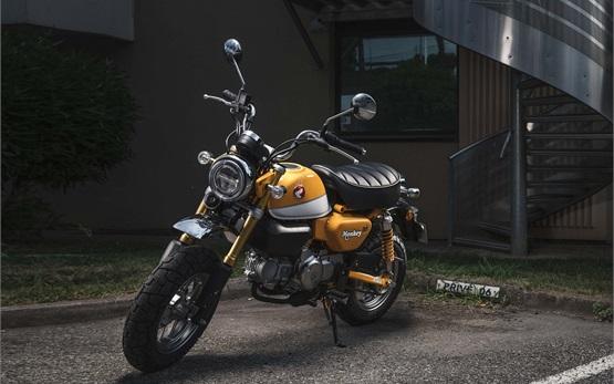 Honda Monkey 125cc - наем на мотор в Малага, Испания