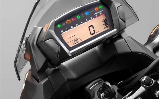 Honda NC700X - Motorradvermietung Zypern