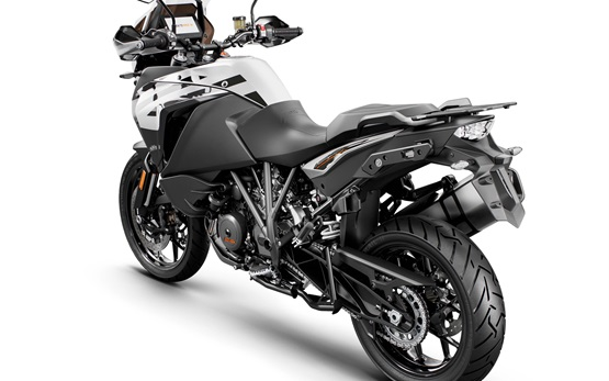 KTM 1290 Super Adventure S - motorcycle rental in Barcelona