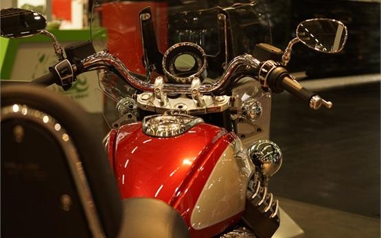 Moto Guzzi California 1400 Touring - прокат мотоциклов - Италия