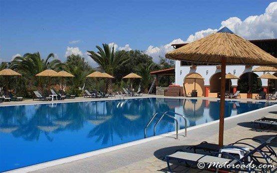 Blue Dolphin Hotel, Metamorfosi