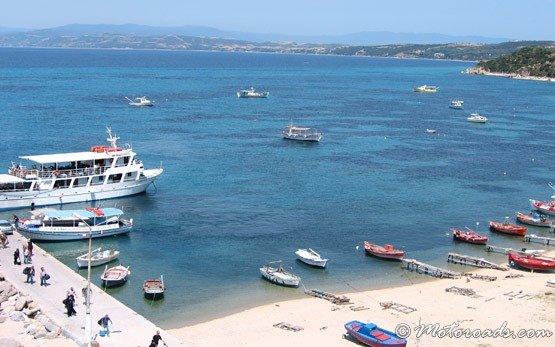 Пристанището на Уранополис