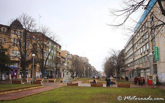 Пешеходная улица - Лом