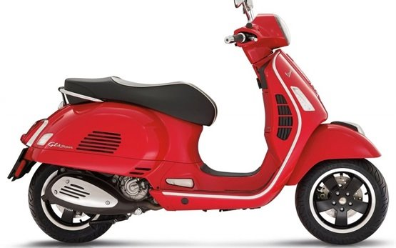 Piaggio Vespa GTS Super 300ie - ABS - rent a scooter rental - Lisbon