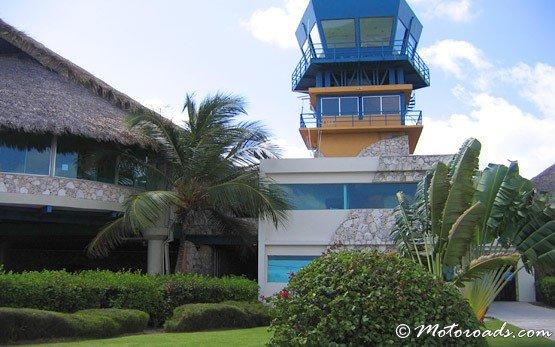 Пунта кана летище