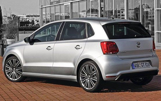 Rear view » 2013 Volkswagen Polo 1.6 AUTO