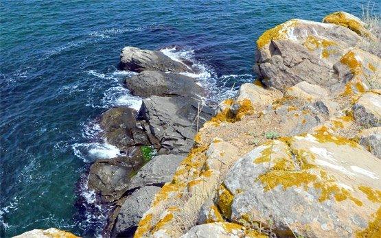Скалы - Синемморец