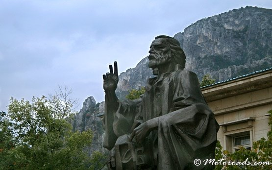 Saints Cyril and Methodius Monument, Vratsa