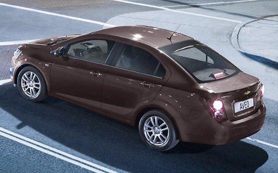 Vista lateral » 2014 Chevrolet AVEO