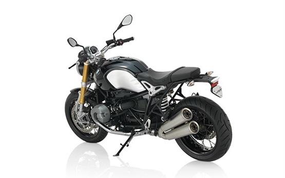 BMW R NINE T - Motorradvermietung Porto