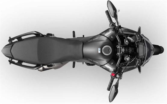 Honda CB500X -  alquiler de motos en Creta - Aeropuerto de Heraclión