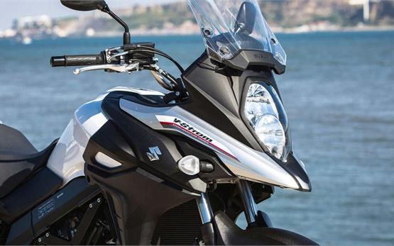 Suzuki V-Strom 650 ABS - Motorradvermietung Bulgarien