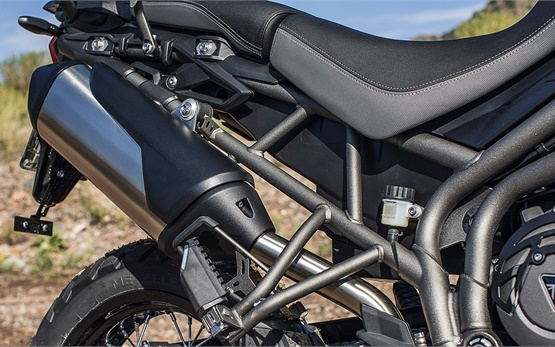 Triumph Tiger 800 XCa - alquiler de motos en Malaga