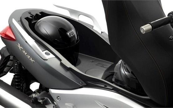 Ямаха X-Max 300 - скутер на прокат в Мадейра - Фуншал