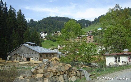 Stoykite Village
